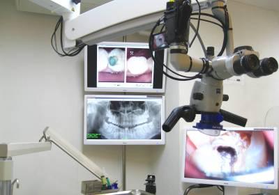 カールツァイス手術顕微鏡